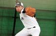 投球練習する東條大樹(JR東日本)投手