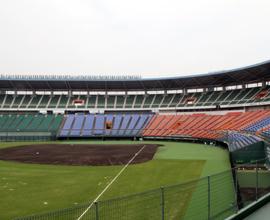岡山県倉敷スポーツ公園野球場(マスカットスタジアム)