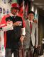 高知ファイティングドッグスのユニフォームを着て笑顔の藤川 球児投手