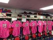 球場に来て驚きのピンクのユニフォーム